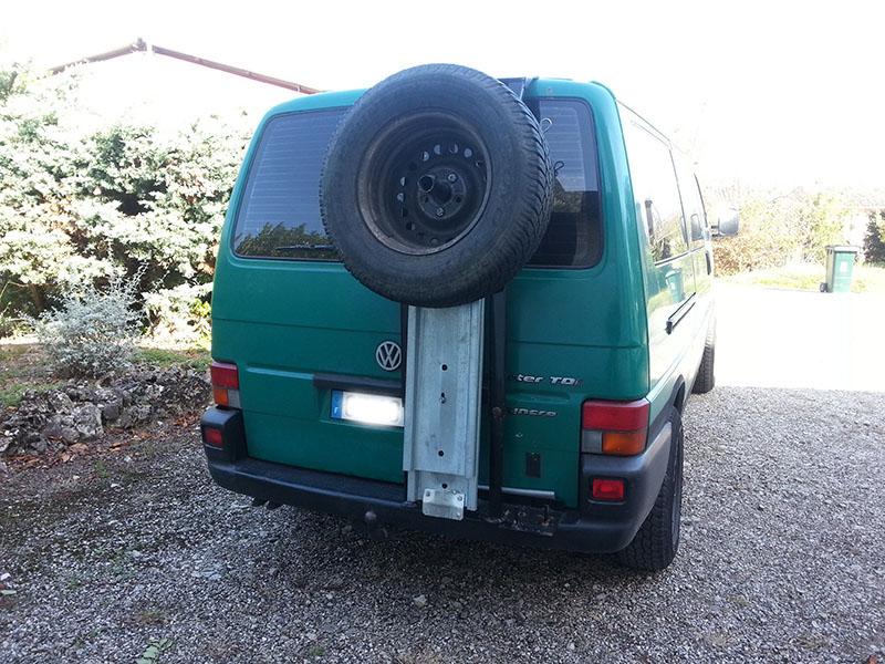 Portes roue de secours, home made  T4s-srs-9